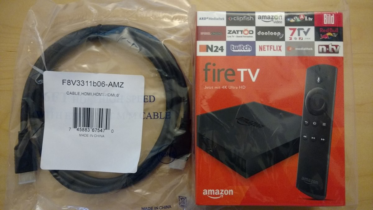 Amazon Fire TV und HDMI Kabel in der Verpackung