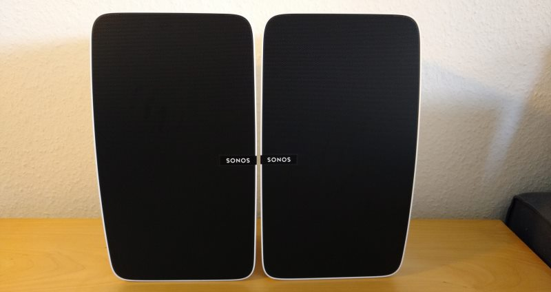 Die Sonos Play:5 Smart Speaker als Stereopaar