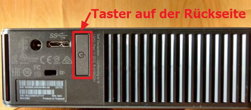 Taster auf der Rückseite der WD Elements Desktop Festplatte