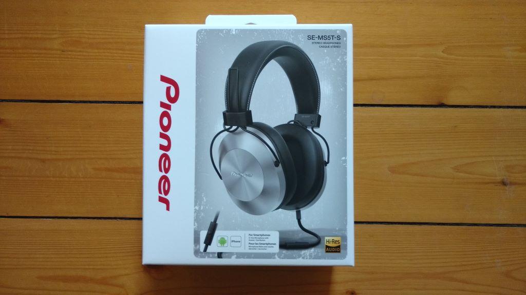 Pioneer SE-MS5T Kopfhörer in der Verpackung