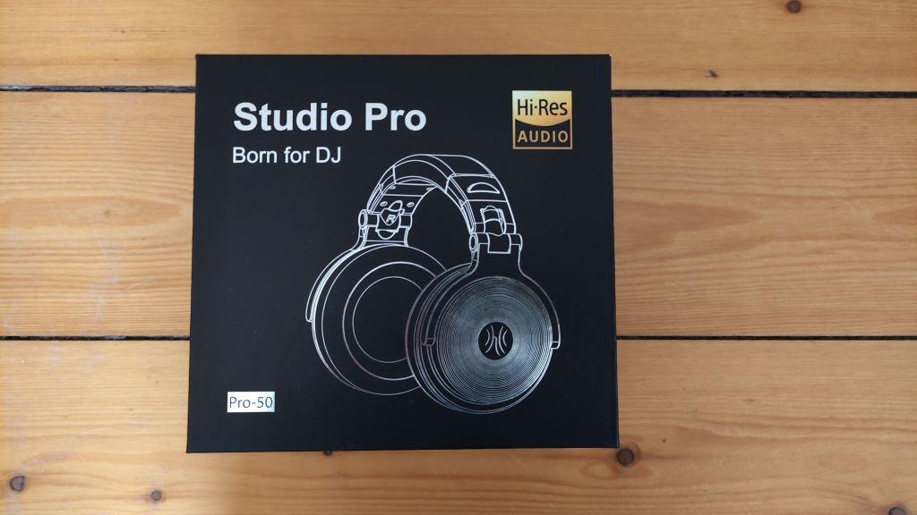 Der OneOdio Pro 50 Studio Kopfhörer Schachtel