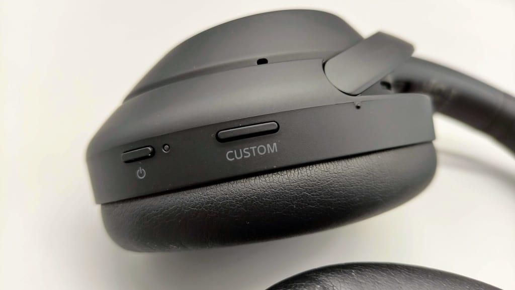Die Custom Taste kann individuell belegt werden